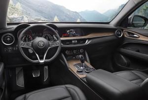 Alfa-Romeo_Stelvio_03