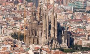 Sagrada-Familia_Antoni-Gaudi_dezeen_1568_1