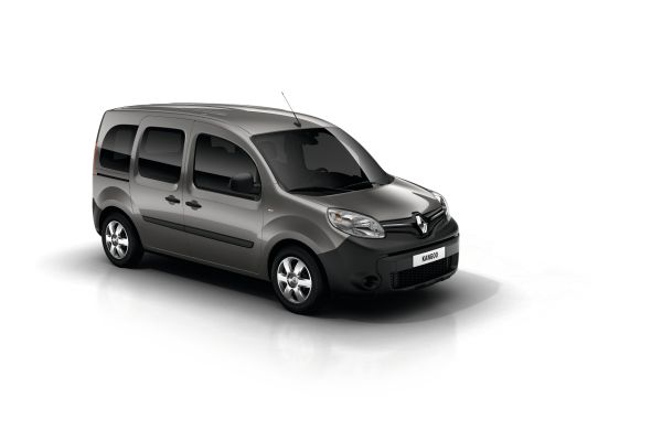 Renault Kangoo - zarif bir kargo minibüsü 19