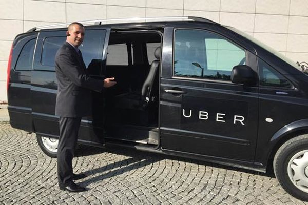 Uber yasaklandı