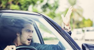Trafikte sinir