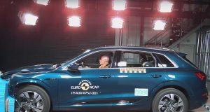 Audi e-tron çarpışma testi