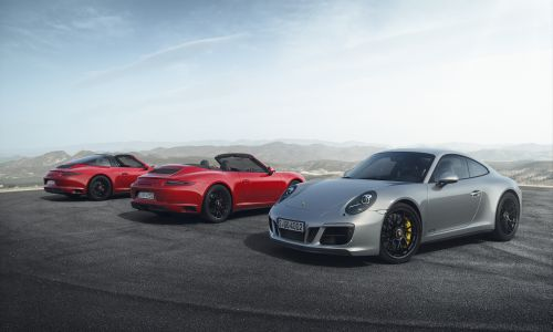 Yepyeni Porsche 911'ler Nisan'da geliyor