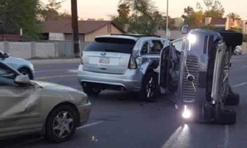 Bu fotoğraf şoförsüz araba gidişini değiştirir