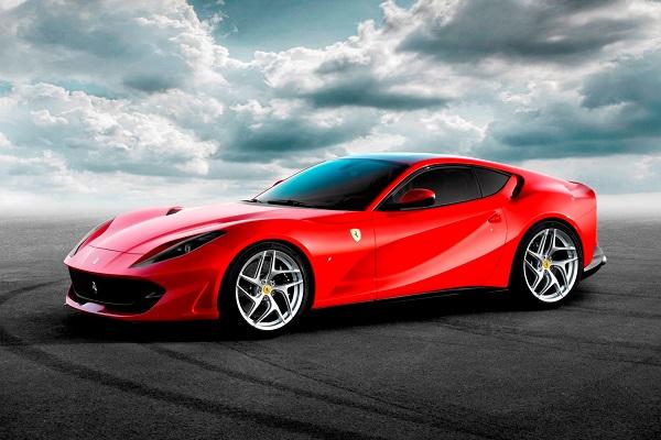 Gelmeden satılan Ferrari 812 Superfast kaç para?