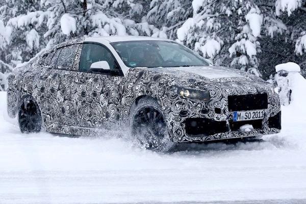 Yeni BMW 2 Serisi Gran Coupe yine yakalandı