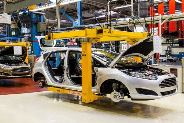 Sendika Ford'a dizeli bırak elektrikli üret diyor