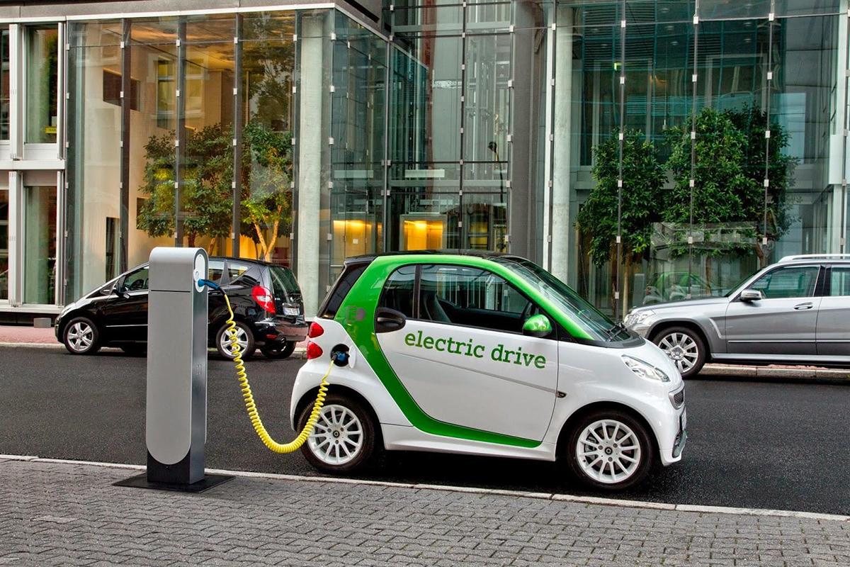 Gelecek gerçekten de elektrikli otomobillerde mi?