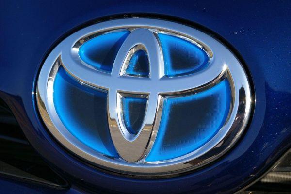 Toyota'nın başkanı yönetime el koydu ve uyardı