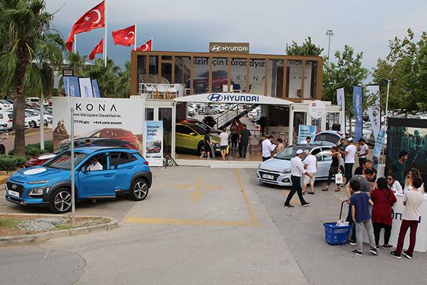 Hyundai pop-up showroom iki kez Türkiye'yi turladı