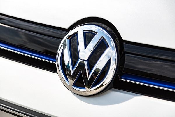 Volkswagen, Seat, Audi eriyor sadece Skoda yükseliyor