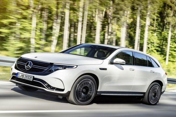 Mercedes Tesla'ya rakip oldu ilk model 450 km menzille geldi