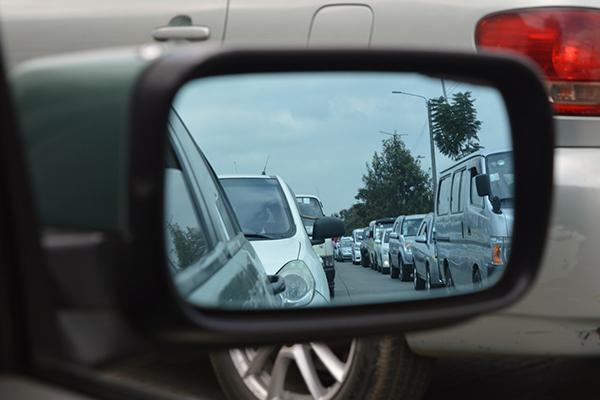 Bitmeyen bir çiledir İstanbul'da trafik