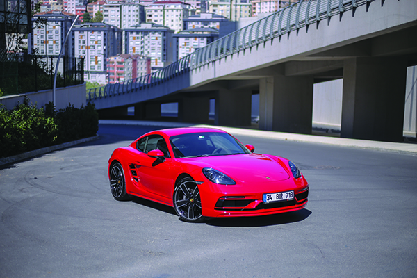 Porsche Cayman test