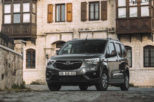 Yeni Opel Combo 122 bin TL'den satışa sunuldu
