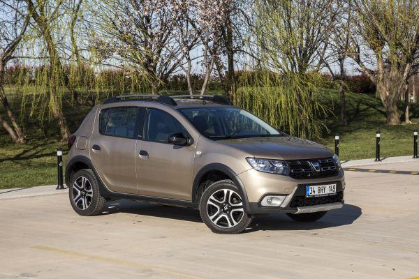 Hesaplı MPV Dacia Sandero otostil testinde