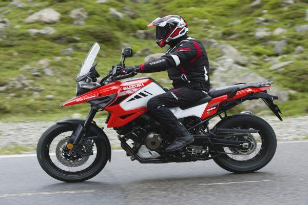 Suzuki V-Strom ailesinin en yenisi DL1050 149 bin TL'den satılmaya başlandı