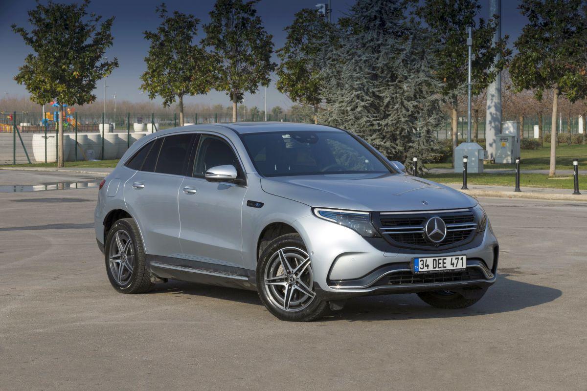 Dikkat bu otomobilin elektriği sizi çarpacak: Mercedes-Benz EQC