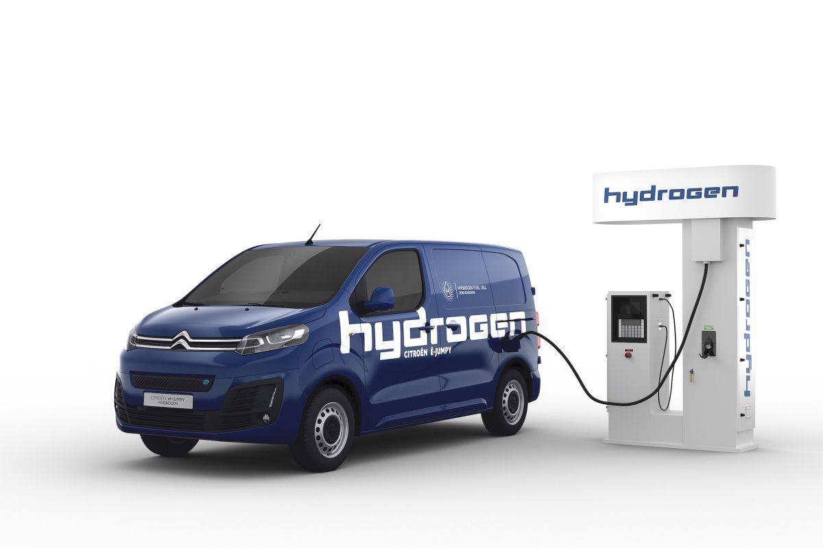 Citroen e-Jumpy Hydrogen 3 dakikada şarj oluyor 400 km menzil sunuyor